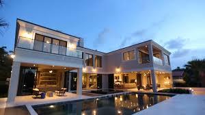 stylish characteristics of modern contemporary styles homes