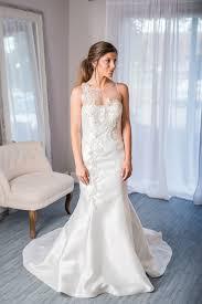 rent wedding dress 176 best wedding dress rentals images on neckline