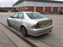 lexus west yorkshire lexus is200 se 2 0 petrol 4 door saloon 2004 year in