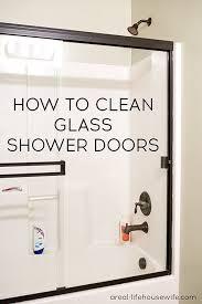 How To Get Shower Doors Clean How To Clean Glass Shower Doors Ask Diy Cleaning Hacks