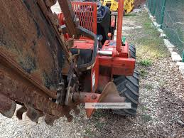 2004 ditch witch rt40 trencher with side shift sliding boom 4x4