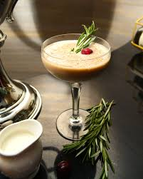 100 christmas cocktails u0026 holiday alcoholic drink recipes for 2017