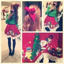 skirt with bows sweater by