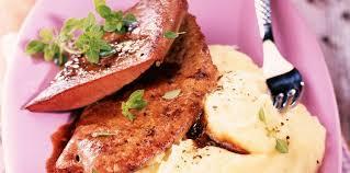 comment cuisiner le foie de veau foie de veau au vinaigre de xérès facile recette sur cuisine actuelle