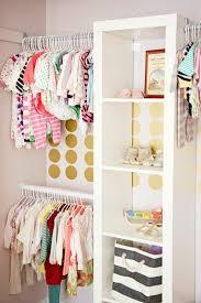 décorer la chambre de bébé décoration pour la chambre de bébé fille archzine fr