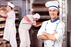 berufsbekleidung küche diese arbeitskleidung schützt ihre mitarbeiter im gastro