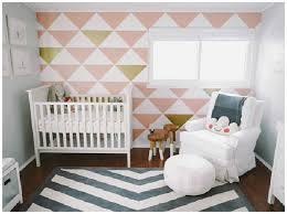 chambre pour bebe zoom sur les indispensables de la chambre de bébé