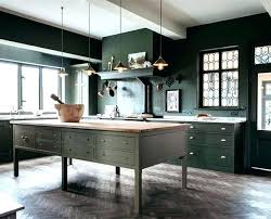 black walls white kitchen cabinets eye for design how to create a trendy green kitchen