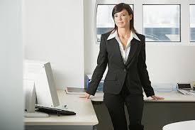 femme de bureau les femmes ces nouveaux tyrans des bureaux pratique fr
