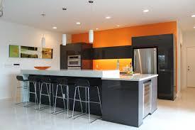 idee couleur cuisine moderne cuisine une cuisine color block bricobistro peinture cuisine