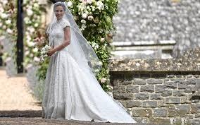 bride wars wedding dress who designed pippa middleton u0027s jaw dropping wedding dress