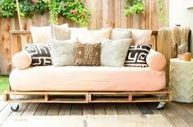 grands coussins pour canapé gros coussin canape