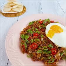 membuat nasi goreng cur telur 23 best nasi goreng images on pinterest cooking food indonesian