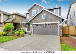 level house driveway stock images royalty free images vectors