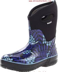 womens bogs boots sale mid winterberry waterproof insulated boot blue s