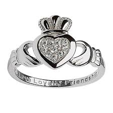 claddagh rings meaning why you should offer a claddagh ring to your soul mate tour ireland