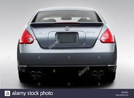 nissan sedan 2008 2008 nissan maxima 3 5 se in gray low wide rear stock photo