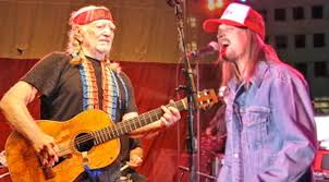 willie nelson is joined by kid rock for duet of shotgun
