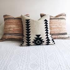 Tribal Pattern Comforter Best 25 Aztec Bedding Ideas On Pinterest Aztec Bedroom Tribal