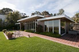 The Case Study House    Charles Eames Eero Saarinen   lt Previous