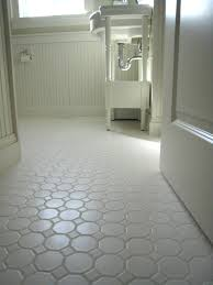 vinyl flooring bathroom ideas best 25 vinyl flooring bathroom ideas only on