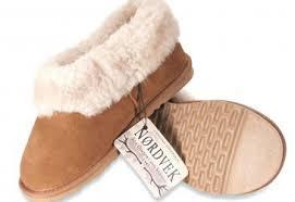 emu boots size 9 womens size 9 slippers sheepskin slippers emu boots emu apparel