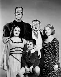 imagenes de la familia herman monster family portrait the munsters the munsters and the addams