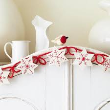 diy snowflake garland this is so pretty from we all sew there s