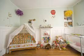 décorer la chambre de bébé chambre enfant 1 an famille et bébé