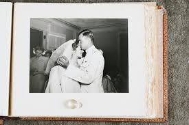 Vintage Wedding Album Shakespeare On The Hudson Wedding Drew U0026 Monica Catskill Ny