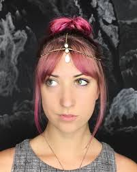 headpiece jewelry 20 creative ways to wear jewelry in your hair therighthairstyles