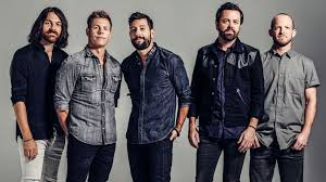 Bands In The Backyard by Old Dominion Perform Onstage Tribute To Troy Gentry Radio Com