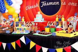 kara u0027s party ideas looney tunes tazmanian devil themed birthday