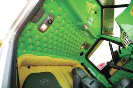 peterbilt 389 interior lights where rigs rule the shell rotella superrigs show 8 lug diesel