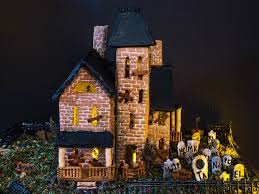 Halloween House Light Show by Bravetart U0027s House Of Horror How To Make A Super Spooky Halloween