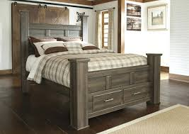 4 Poster Bedroom Set Juararo Queen Bedroom Set Canada Queen Poster Bedroom Set Sale