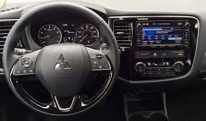 Review 2016 Mitsubishi Outlander Shows Off An Improved Interior