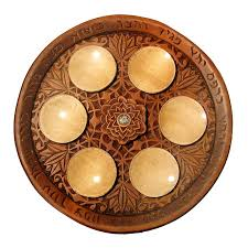 seder matzah carved seder plate with matzah trays