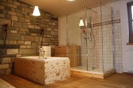 badezimmer mit holz holz im badezimmer und praktisch wohnraum8