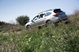 subaru outback lifted off road 2015 subaru outback overview cars com