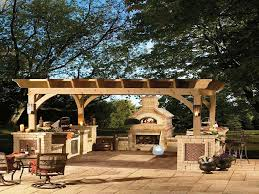 How To Build Outdoor Kitchen by How To Build An Outdoor Kitchen Home Fireplaces Firepits How