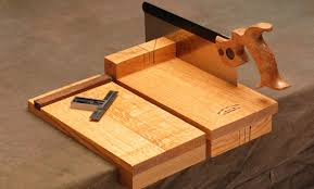 bench hook uses making a non slip gripping board and a bench hook davidneat