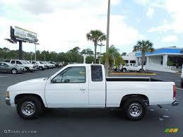 white nissan truck cloud white 1995 nissan hardbody truck se v6 extended cab exterior
