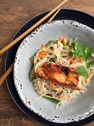 thai rice noodle salad with grilled fish saladmaster recipes