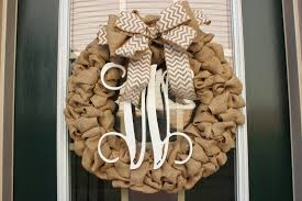carolina mrs a southern lifestyle diy burlap monogram wreath