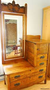 Antique Vanity With Mirror 27 Best Dressers Images On Pinterest Oak Dresser Vintage