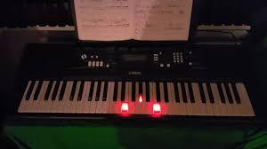 yamaha keyboard lighted keys yamaha ez 220 david bowie life on mars lighted keys youtube