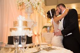 affordable wedding cakes affordable wedding packages all inclusive wedding packages houston