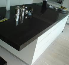 Kitchen Drawer Lights by Black Fitting Kitchen Worktops With White Drawers For Kitchen