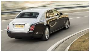 rolls royce phantom extended wheelbase like flying first class u2026 in a car u2014 the 2018 rolls royce phantom